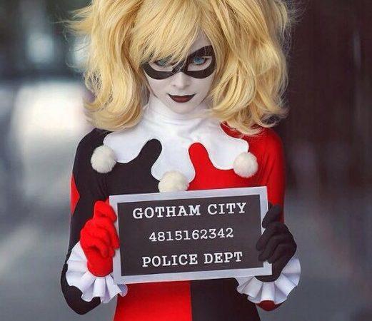 Batman-Arkham-Asylum-Harley-Quinn-Cosplay-Harley-Quinn-Thigh-High-costume-set-521x780