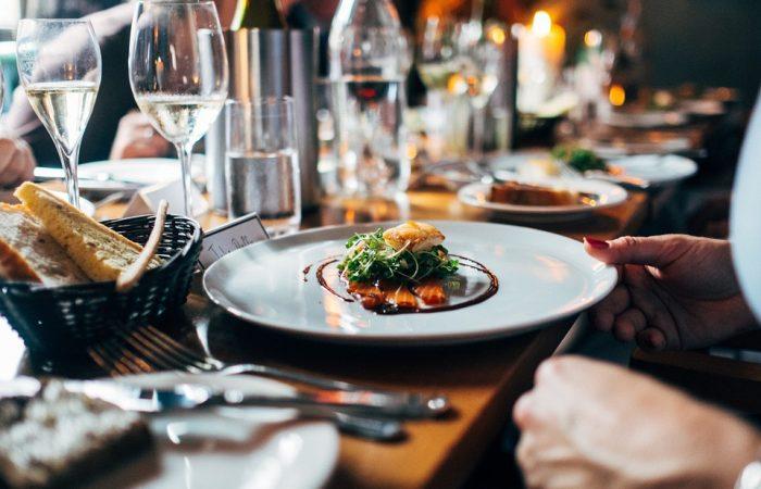 restaurant-691397_960_720