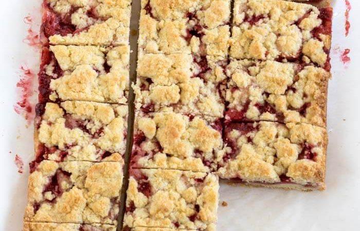strawberry_crumb_bars-41