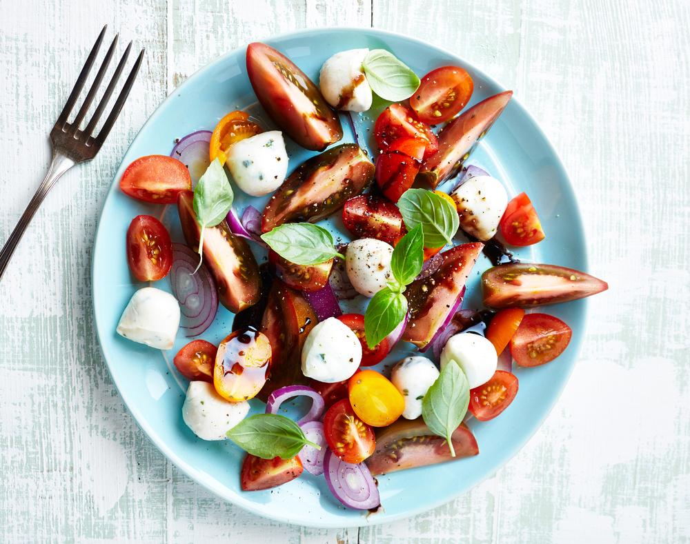 heirloom_tomato_caprese_salad