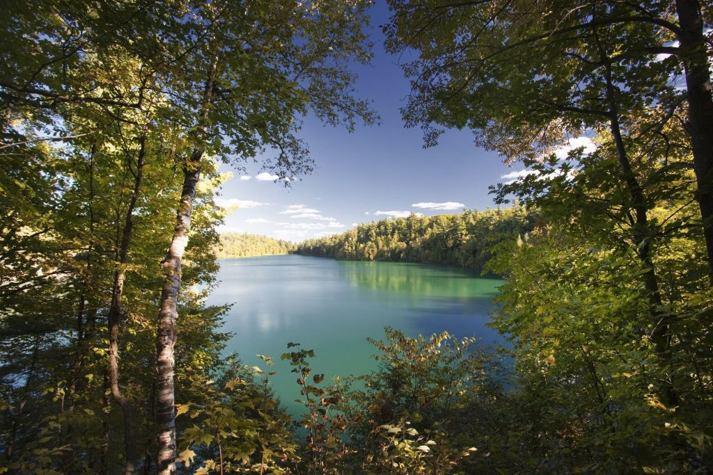 Best Parks and Picnic Spots in Ottawa - Pink Lake