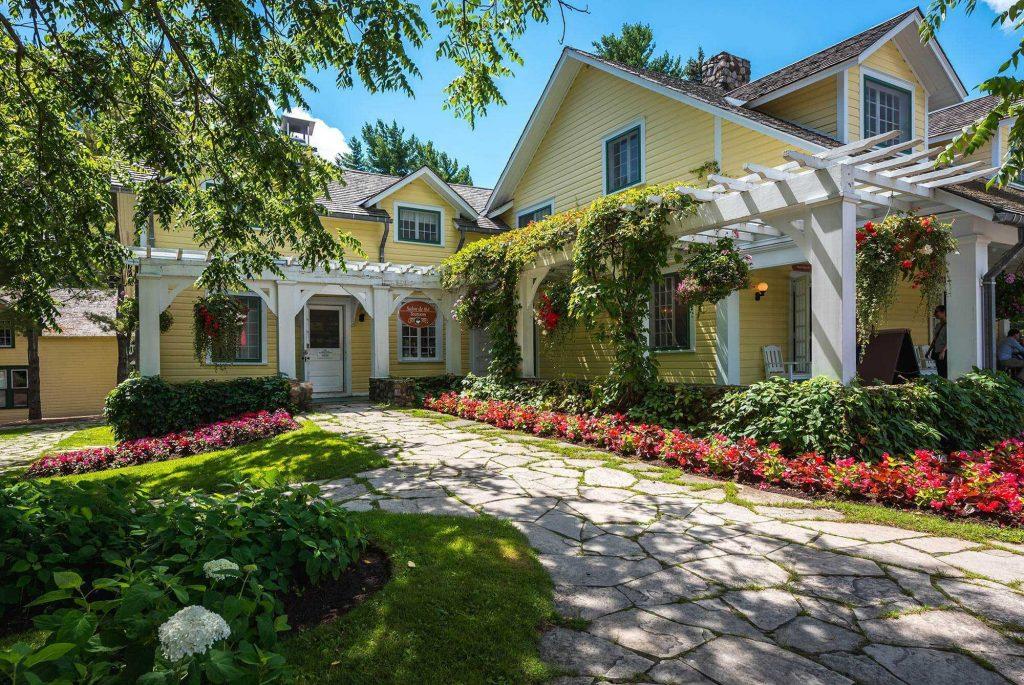Best Parks and Picnic Spots in Ottawa - Mackenzie King Estate
