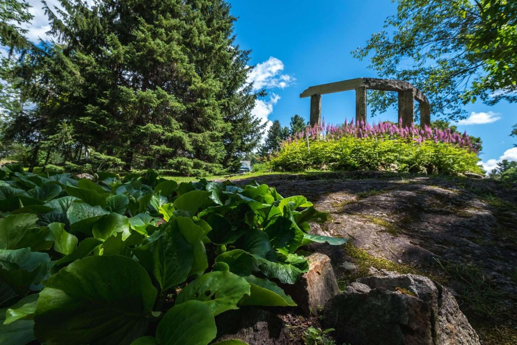 Best Parks and Picnic Spots in Ottawa - Waterfall Trail