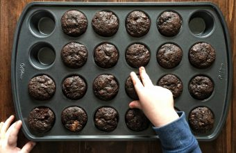 Healthy Mini Cocoa Banana Muffins