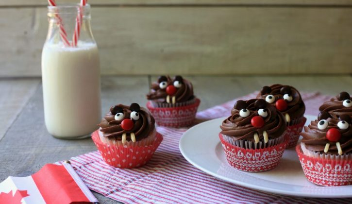 Beaver Cupcakes - Full Size