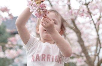 5 ways to help children understand cancer and to cope