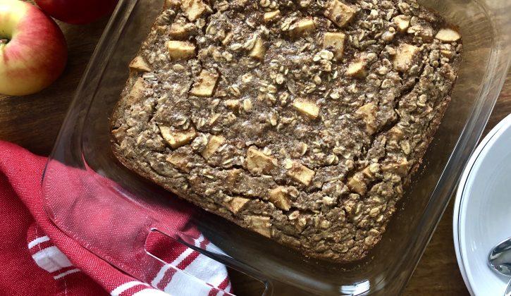 Apple & Peanut Butter Baked Oatmeal Recipe