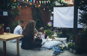 Backyard-Family-Movie-Night