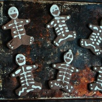 Skeleton_Cookies