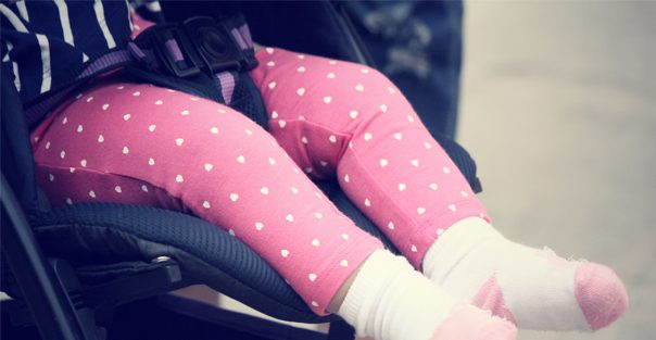 baby_in_a_stroller_604