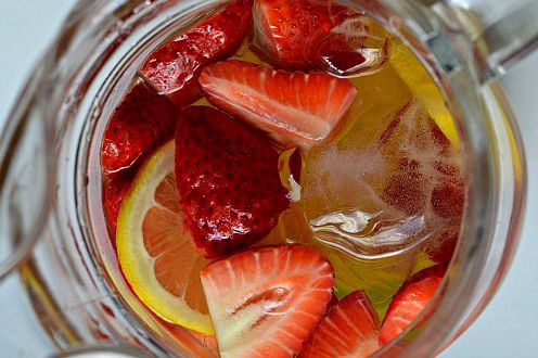 How_to_Make_the_Best_Summer_Sangria_Ever