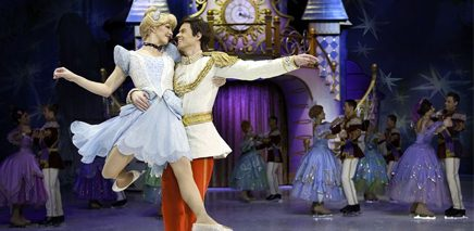 cinderella_show_image_of_topic