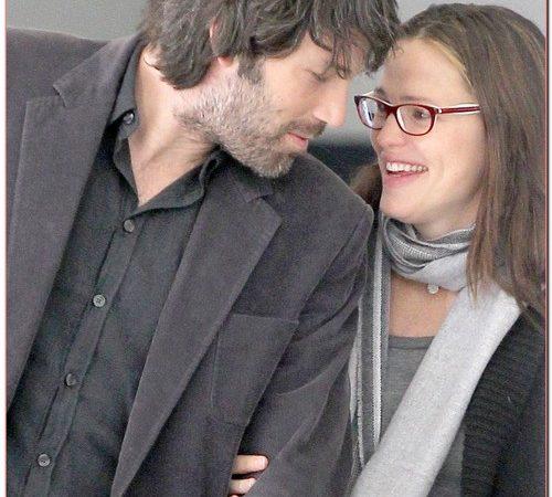 Jennifer Garner & Ben Head To The Doctor's Office
