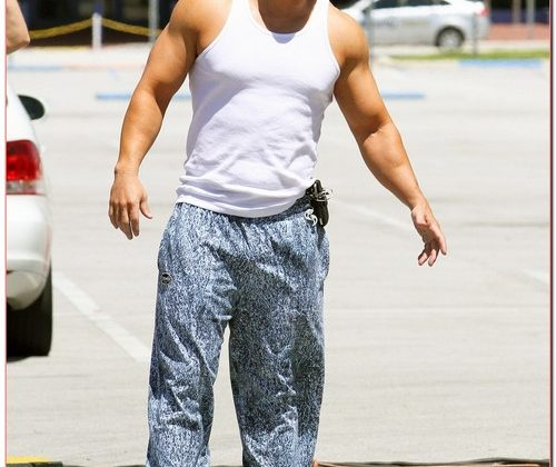 Pain and Gain Takes A Break From Filming