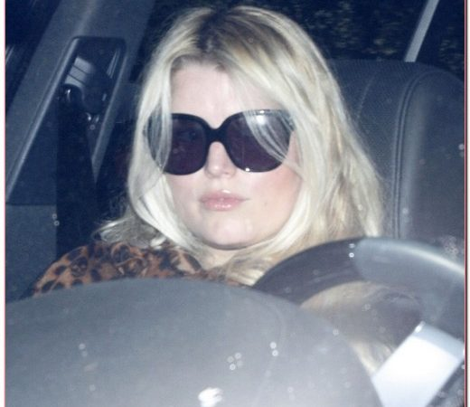 Jessica Simpson Leaves The Gym