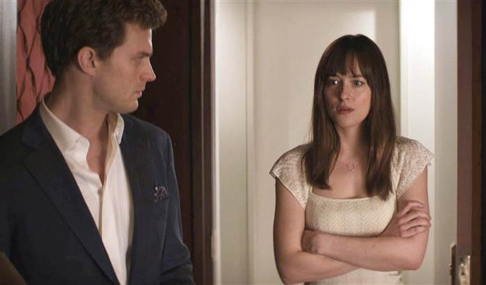 2D274907778673-today-fifty-shades-redroom-150205.blocks_desktop_large