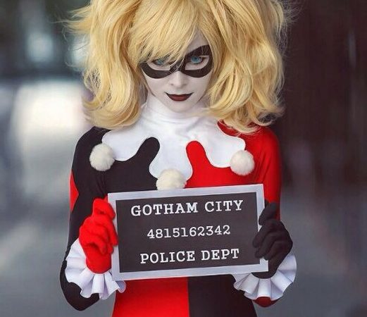 Batman-Arkham-Asylum-Harley-Quinn-Cosplay-Harley-Quinn-Thigh-High-costume-set-521x780