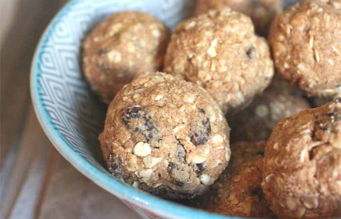 Oatmeal-Raisin-Cookie-Balls_3copy