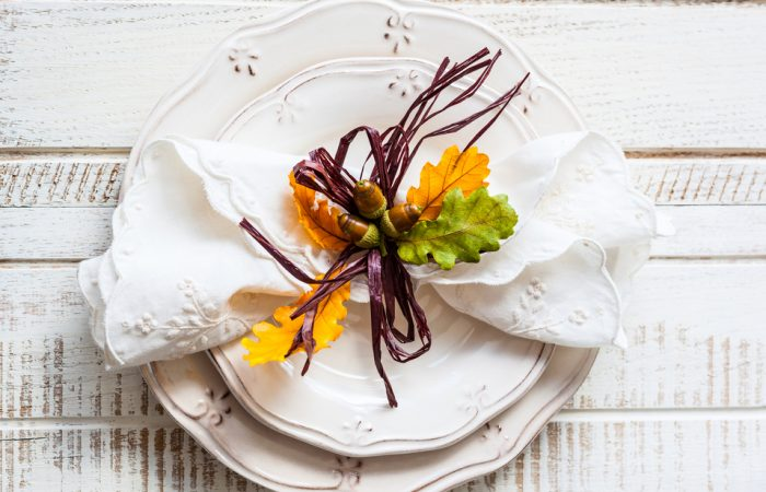 recipegeek-entertain-how_to_set_the_perfect_thanksgiving_table