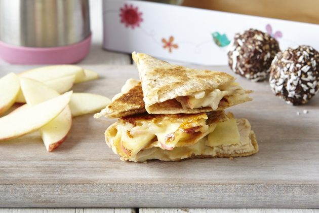 Apple-Quesadilla