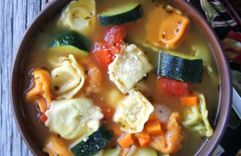 Tortellini-Vegetable-Soup-2A-Pretty-Life