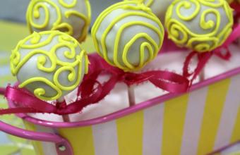 lemon-Cake-pop-tin