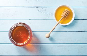 recipegeek-food_talk-spot_the_difference_honey_maple_syrup_amp_agave_syrup_0-1