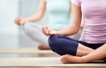4 Foods to Boost Mindfulness, 2 ladies meditating