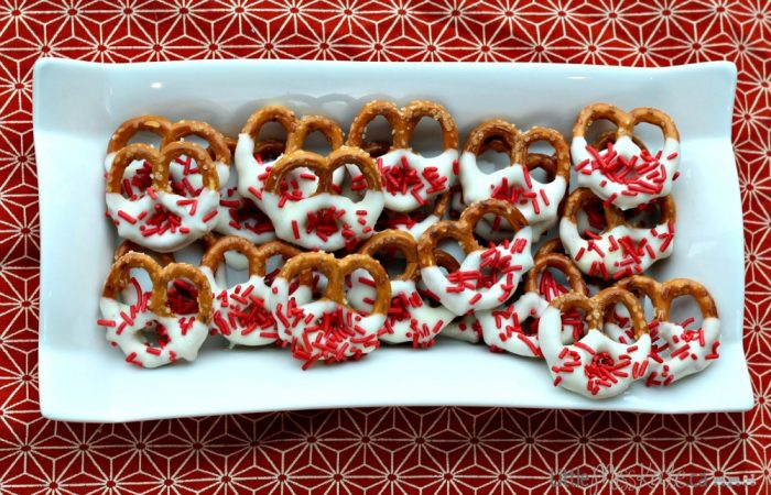 canada-day-dessert-idea-chocolate-covered-pretzels-solo