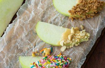 Caramallow-Fruit-Dip-and-Gourmet-Caramel-Apple-Bar-www.thereciperebel.com-8-of-10