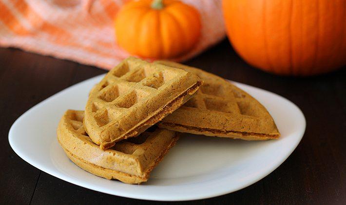 vegan-gluten-free-pumpkin-spice-waffles