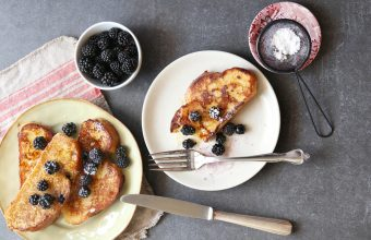 recipe_cinnamon_french_toast_with_blackberries