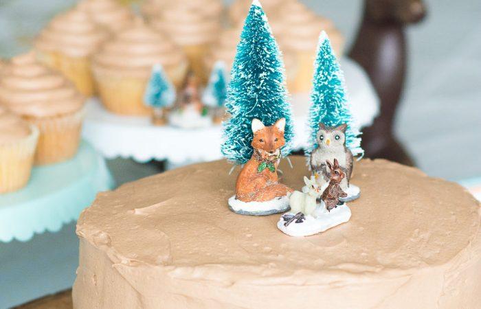 Simple-Woodland-Theme-Cake