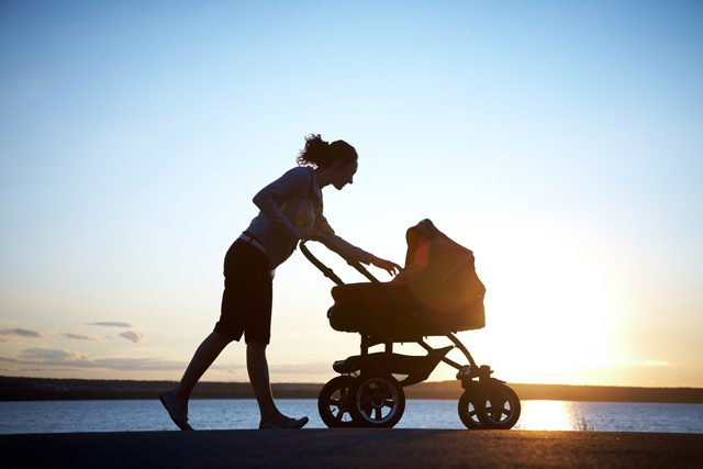 mom_with_stroller