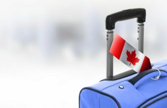 Can-Flag-on-suitcase