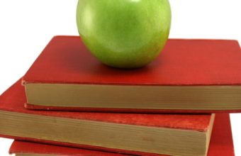 apple-and-books-school