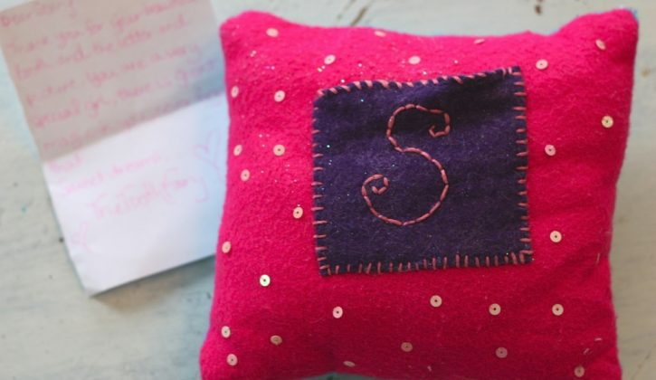 Storys-tooth-fairy-pillow-1024x682