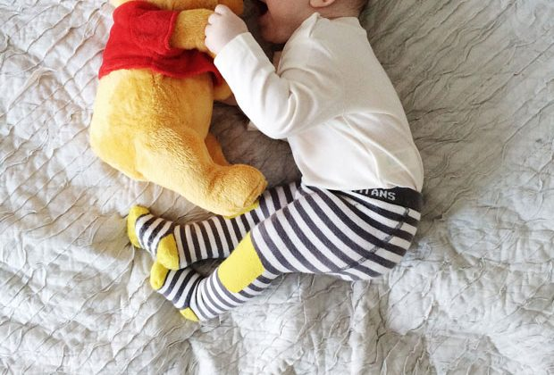 baby-and-winnie-the-pooh