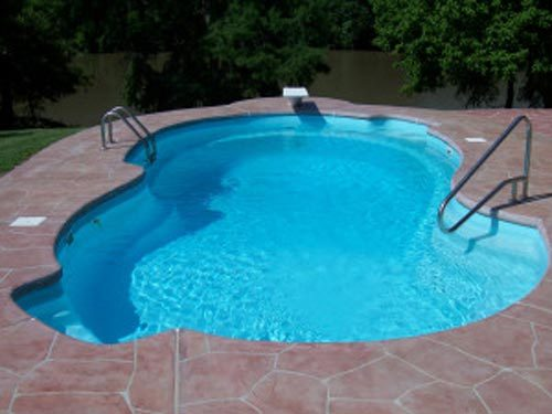 Fiberglass-Swimming-Pools-in-Simple-Concept
