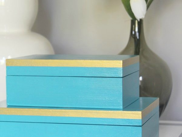 diy-aqua-paint-wood-box