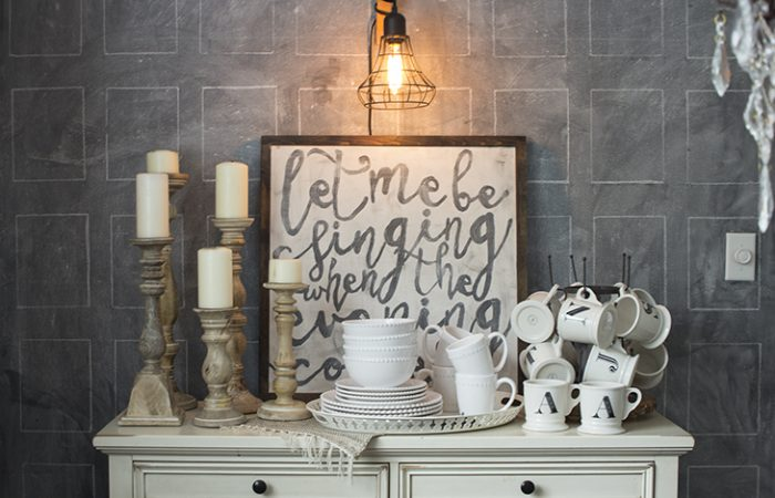 easy-chalkboard-stenciled-wall