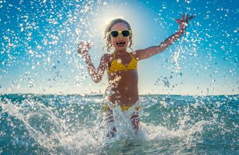 Best Beaches Near Toronto for a Family Day Trip