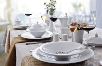 Easy Table Setting Guide for entertaining