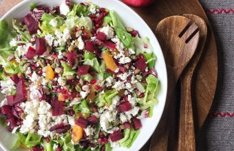 Colourful Christmas Salad with Brussels' Sprouts, Clementines and Pomegranates